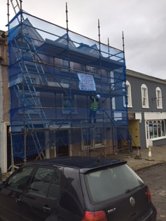 Front scaffolding and safety netting for house project